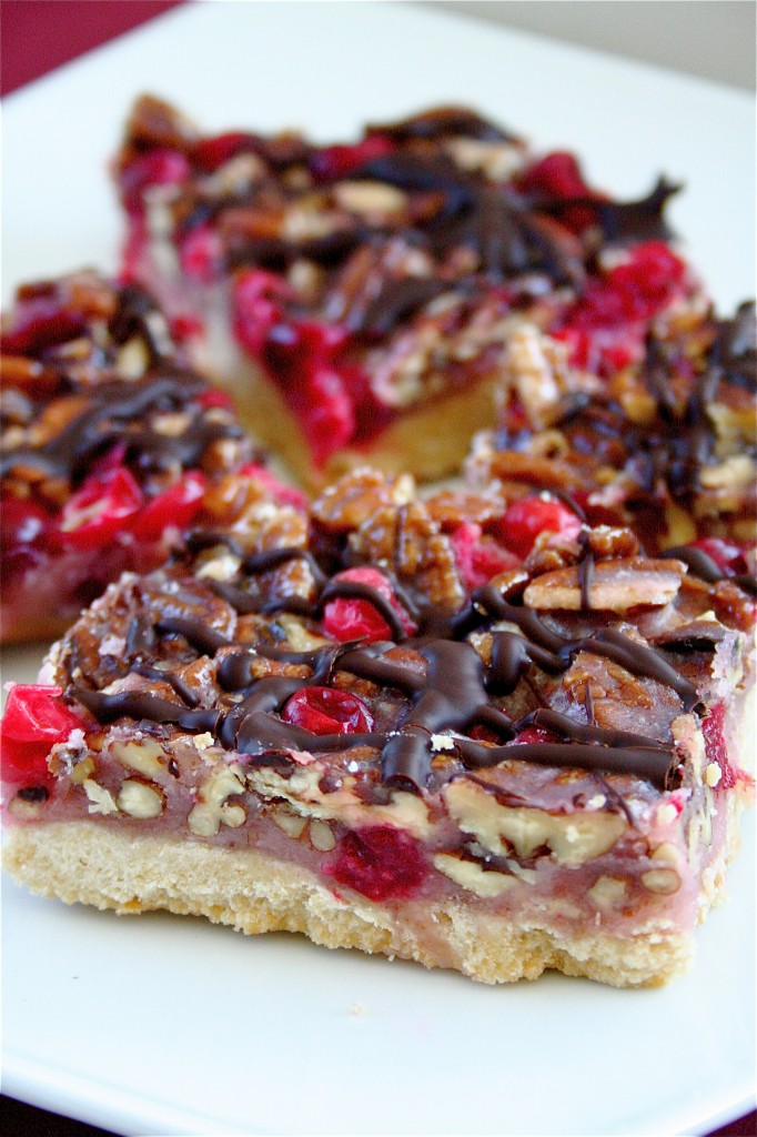 Cranberry Turtle Bars ffrom The Curvy Carrot