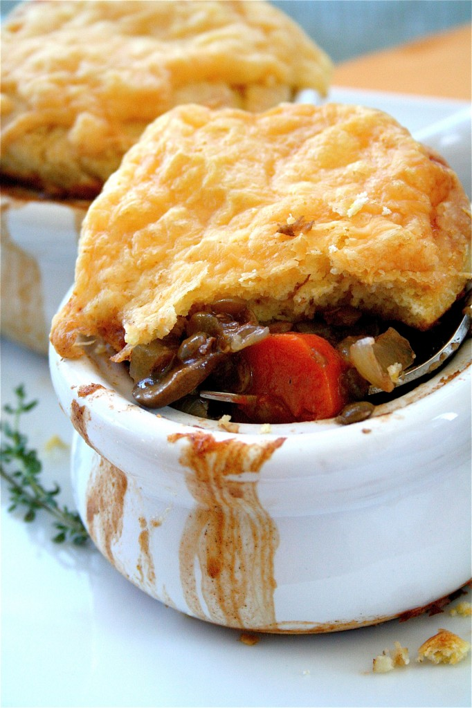 Vegetarian Pot Pies | The Curvy Carrot