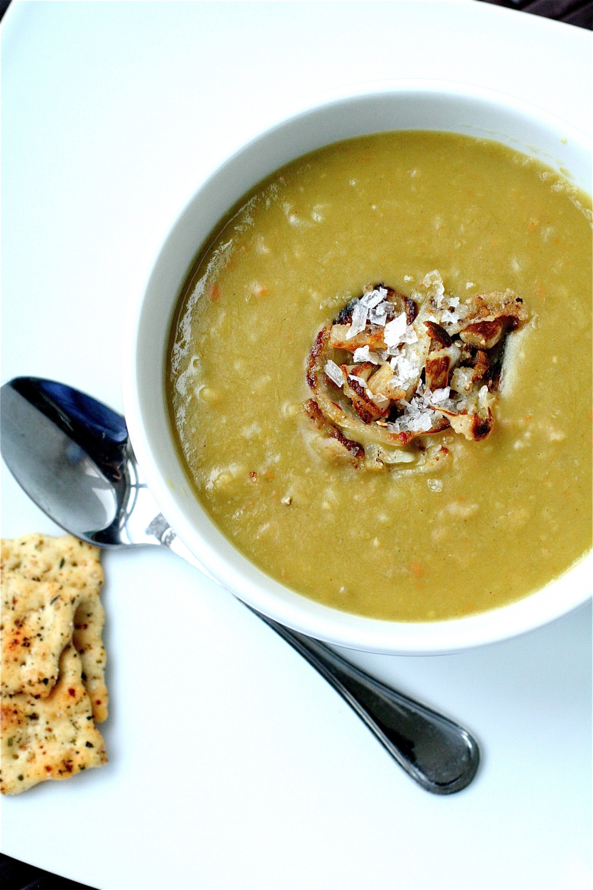 Vegetarian Split Pea Soup | The Curvy Carrot