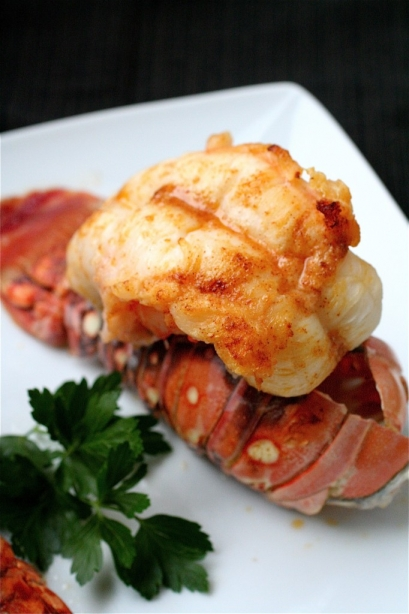 Broiled Lobster Tails With Garlic Butter Sauce | The Curvy Carrot