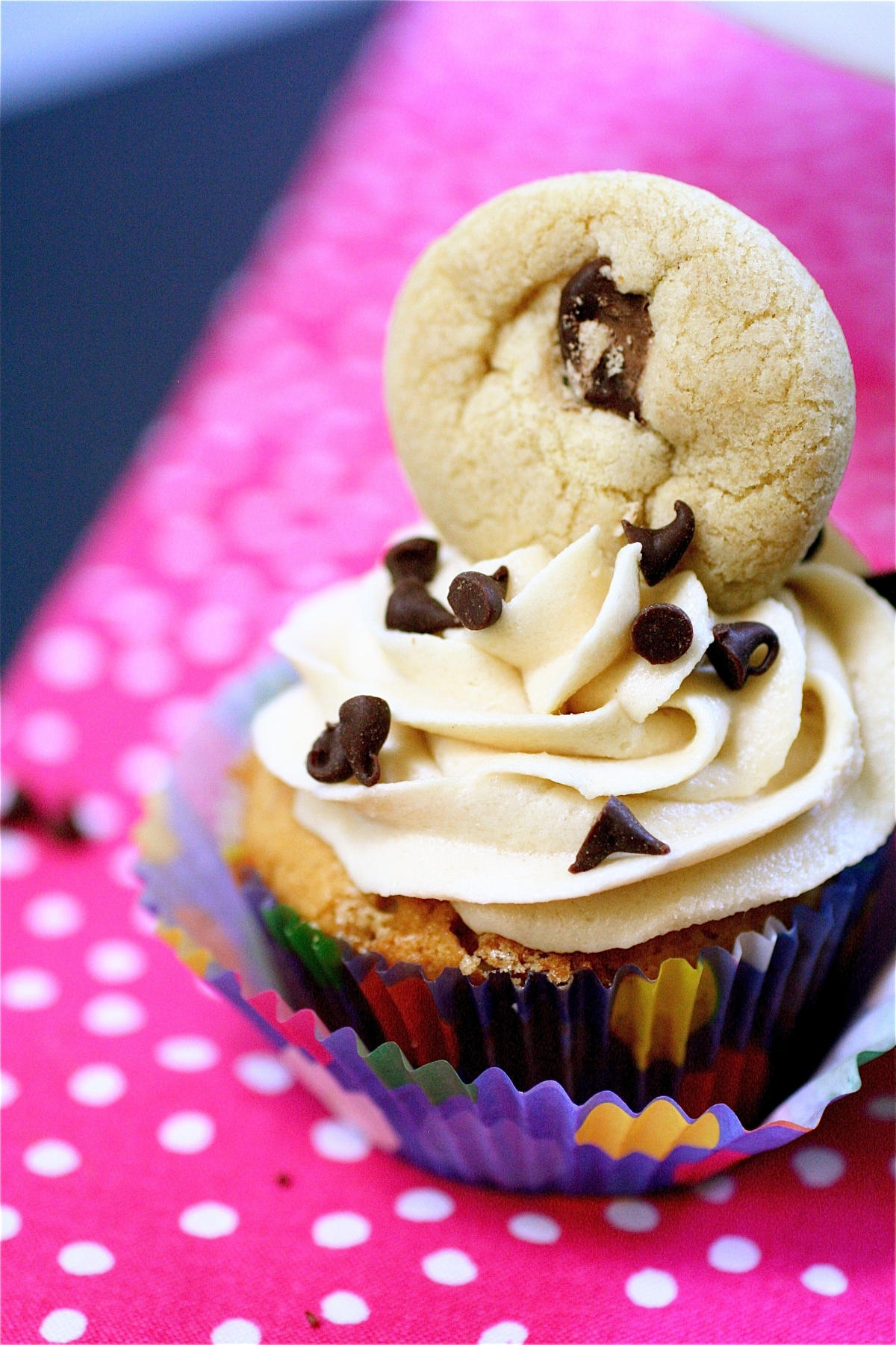 Chocolate Chip Cookie Dough Cupcakes The Curvy Carrot