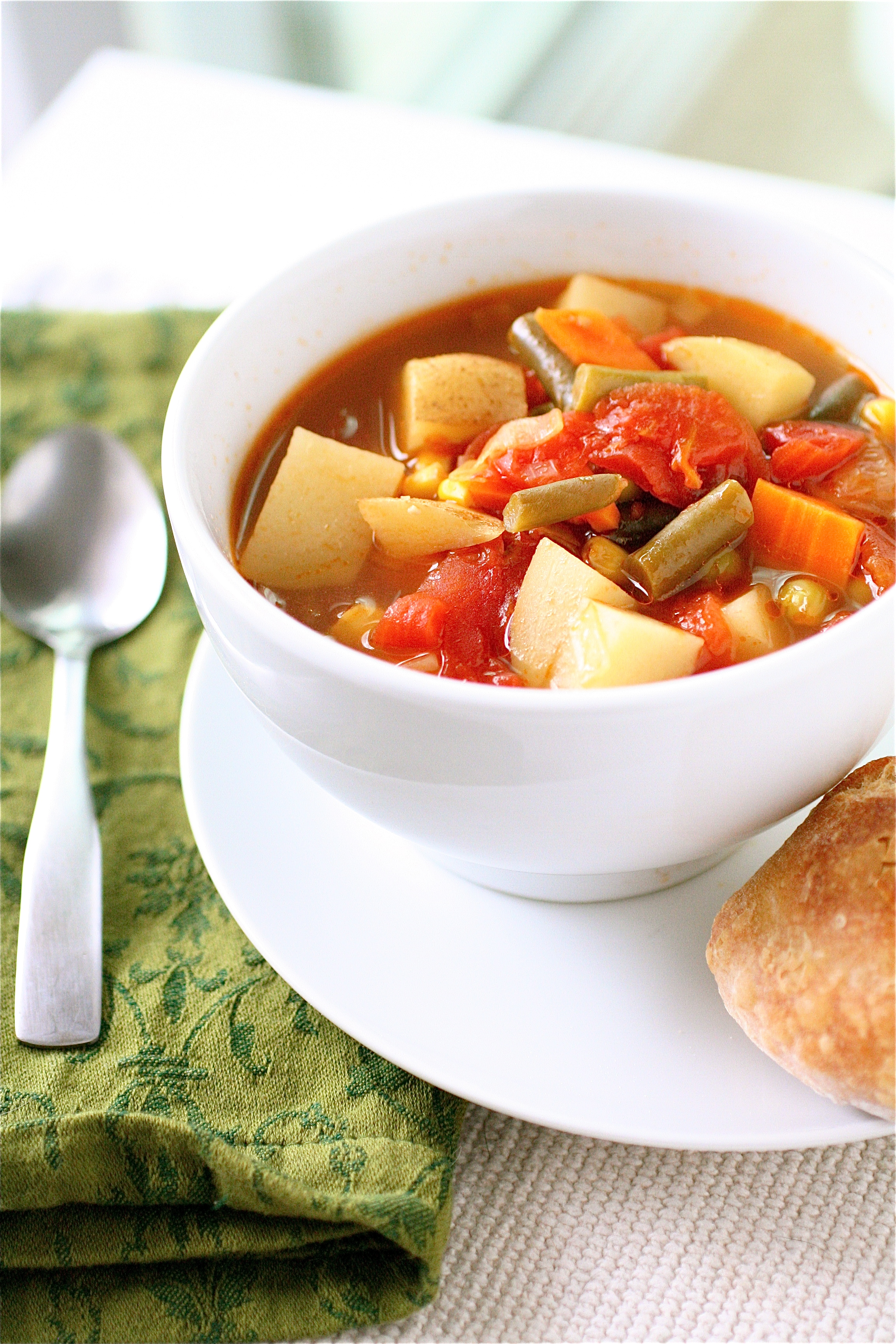 Simple Vegetable Soup | The Curvy Carrot