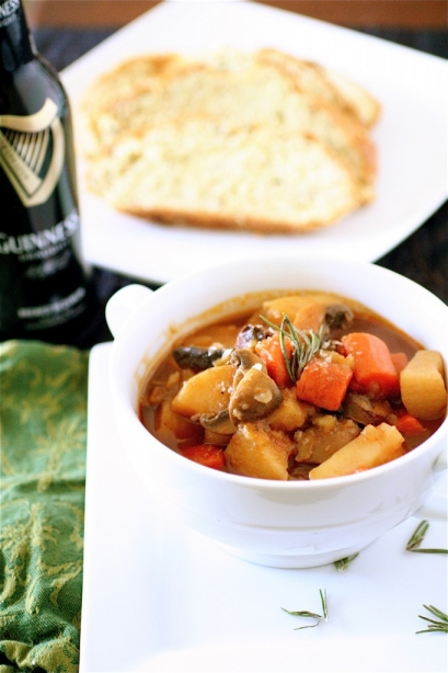 No Meat Guinness Stew The Curvy Carrot